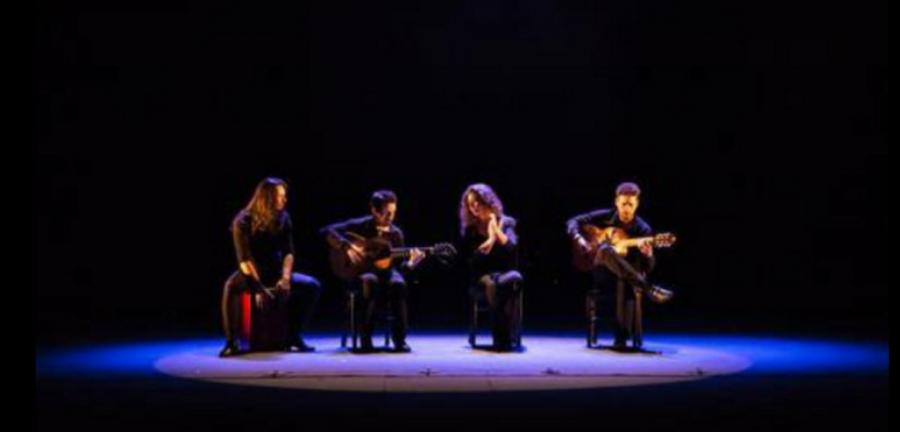 Flamenco Flamenco 'Flamenco hoy' se desborda en baile y poesía, en sensualidad y erotismo