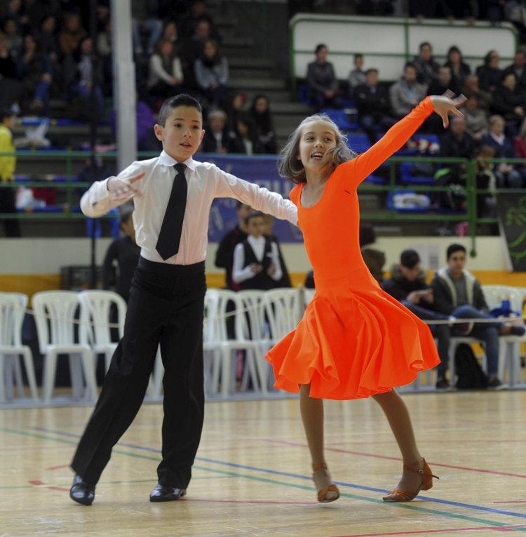 Deportivo Deportivo Más de 400 personas tomarán parte el domingo en el Trofeo de Baile Deportivo de Narón