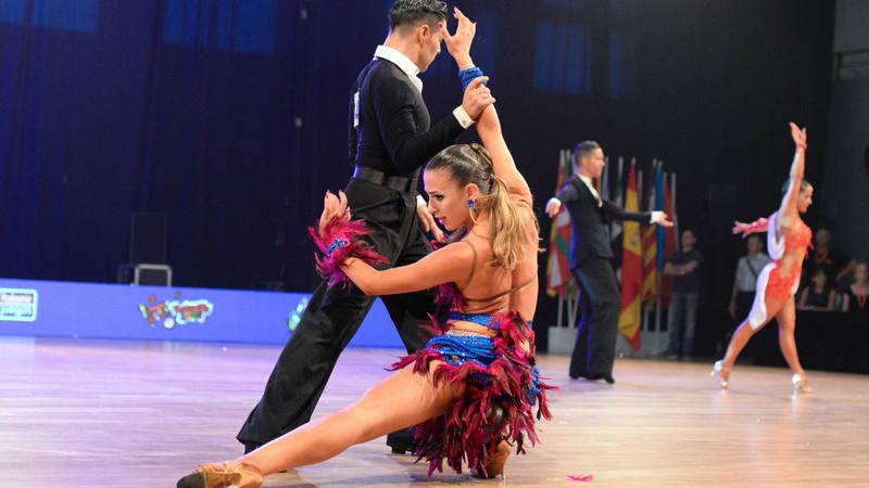 Deportivo Deportivo Cataluña consigue ocho medallas de oro en el Campeonato de España de Baile Deportivo Latino