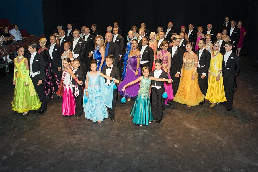 Campeonatos en Sevilla 8 Julio 2017 Información Brillante éxito del X Campeonato de Andalucía de Baile Retro y del II de España de Tango Argentino que se celebraron en la ciudad de Sevilla
