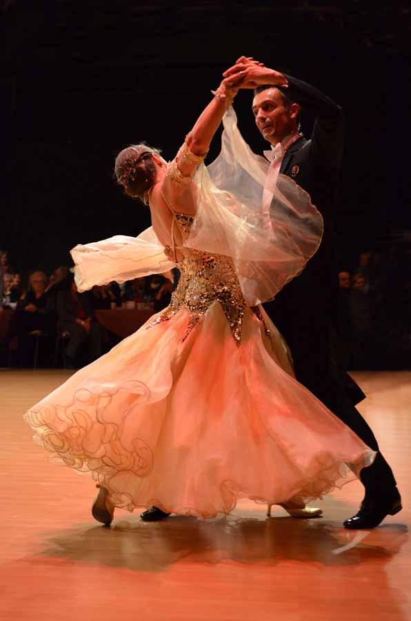 Actualidad Actualidad Así será el reglamento del Vals dentro del Campeonato de Europa de Baile Retro de Fuengirola