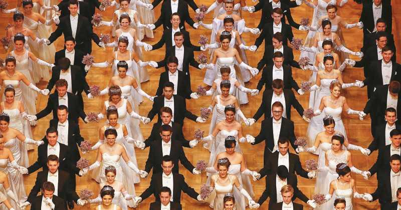 Actualidad Actualidad El baile de la Ópera de Viena, un esplendor en tiempo de vals