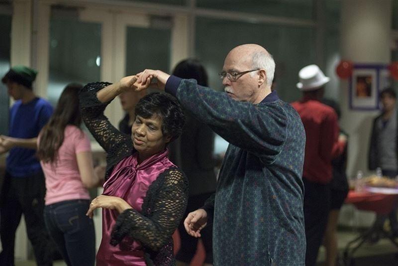 Actualidad Actualidad Bailar salsa mejora la salud de los mayores