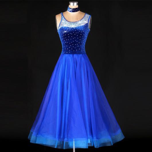 Vestidos Vestidos val az